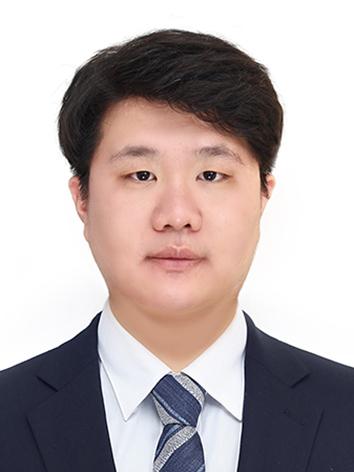 해외영업 경력 있는 김민재 입니다.